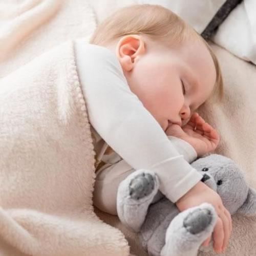 Mon bébé ne fait toujours pas ses nuits, je craque!
